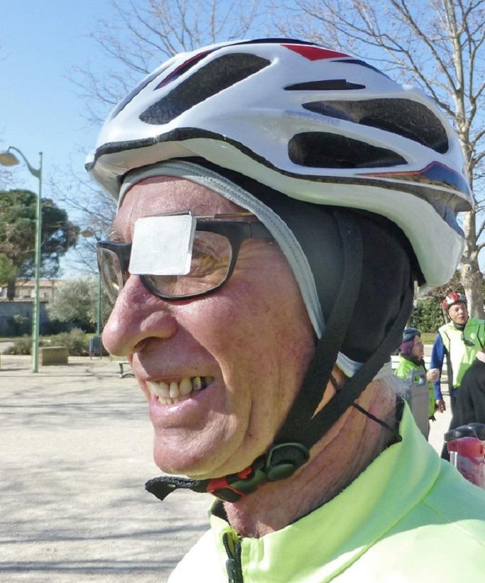 Miroirs de casque je vous ai l oeil cyclotourisme mag for Miroir divergent