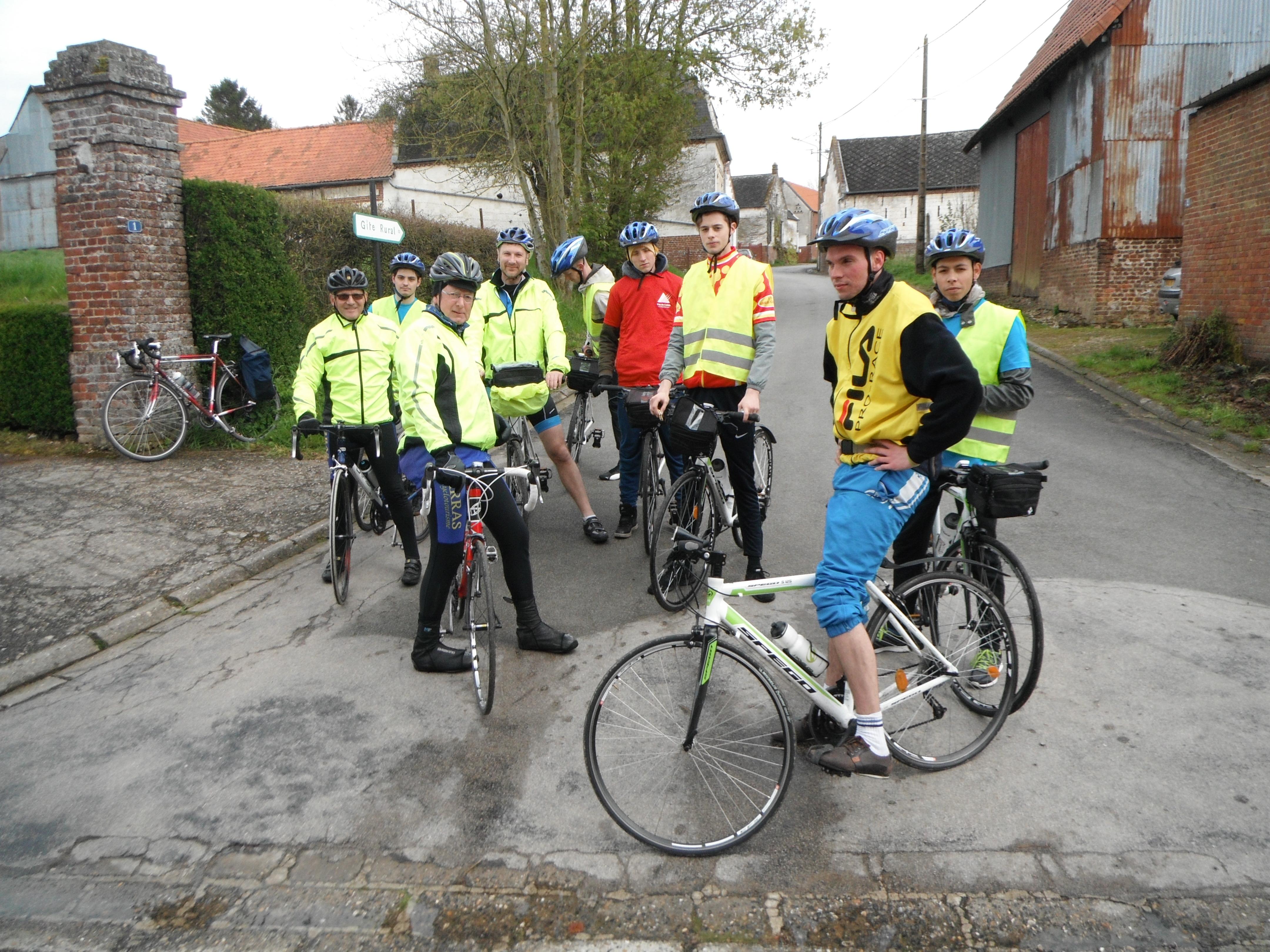 Organisation d'un voyage itinérant à vélo pour des jeunes en difficultés
