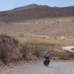 Le Pérou à vélo : Cabanaconde pour une visite entre canyon, volcans etdésert…