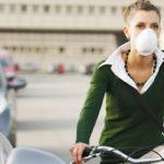 Vélo en ville, le port dumasque«antipollution»est-il efficace?